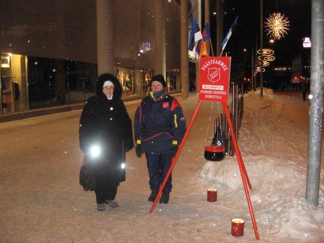 Jõulukorjandus puudust kannatavate perede heaks Tartu kesklinnas